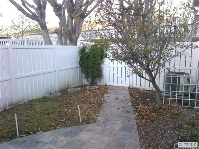 Closed | 15 HOLLYHOCK Lane #223 Aliso Viejo, CA 92656 2