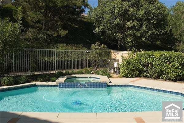 Closed | 13 BROOKTREE  Aliso Viejo, CA 92656 11