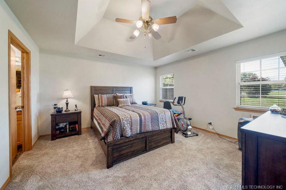 Off Market | 827 N Thompson Street Vinita, Oklahoma 74301 11