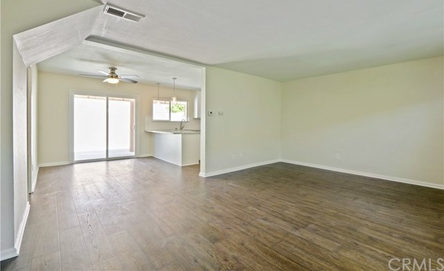 Closed | 700 La Veta Ave  #J3 Orange, CA 92868 4