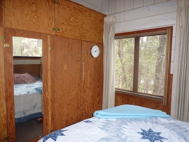 Closed | 27 Stetson Creek  Angelus Oaks, CA 92305 18