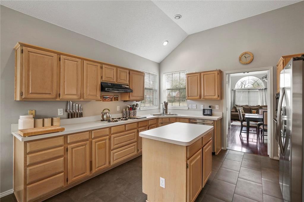 Sold Property | 1328 Kentshire Circle Plano, Texas 75025 15