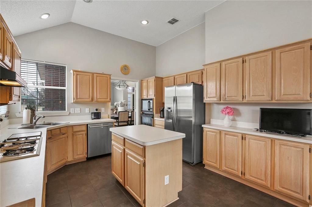 Sold Property | 1328 Kentshire Circle Plano, Texas 75025 16