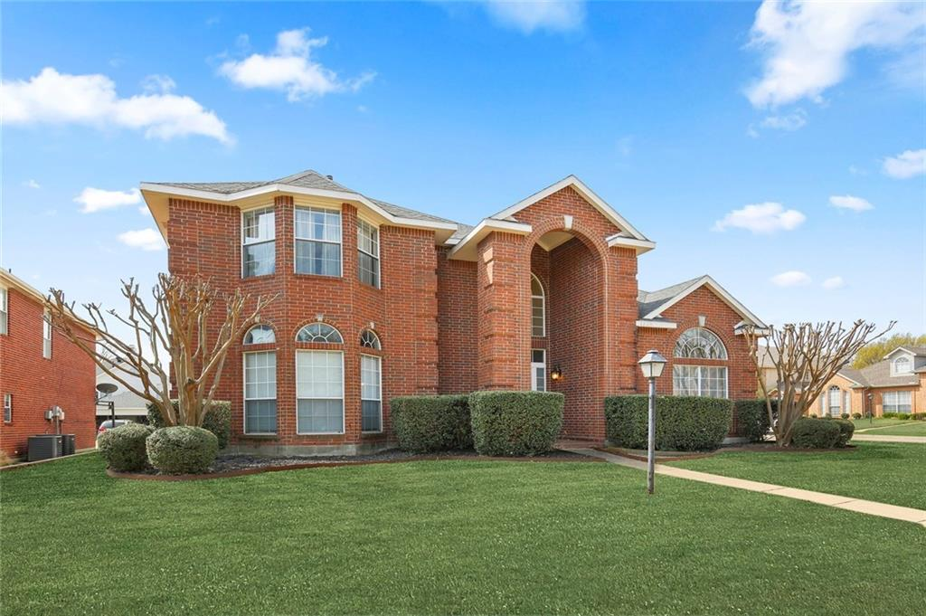 Sold Property | 1328 Kentshire Circle Plano, Texas 75025 4
