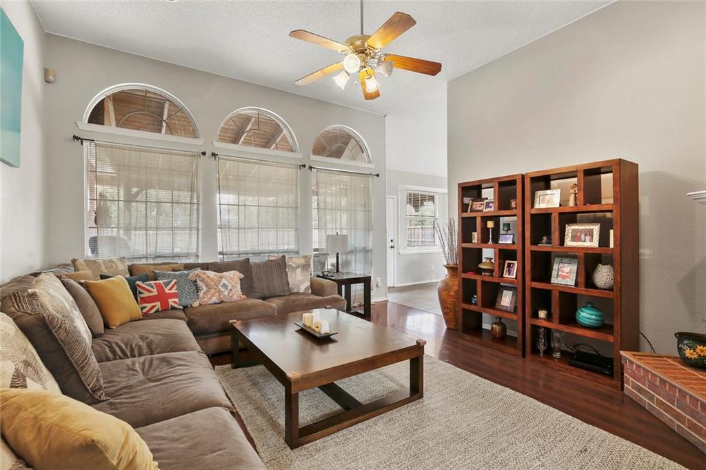 Sold Property | 1328 Kentshire Circle Plano, Texas 75025 10