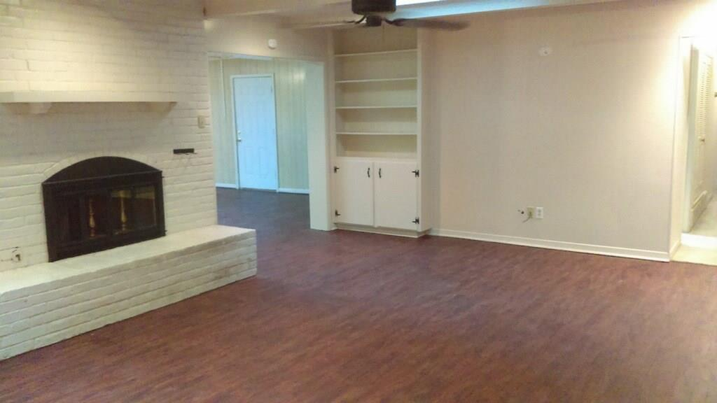 Leased | 6172 Whitman Avenue Fort Worth, Texas 76133 1