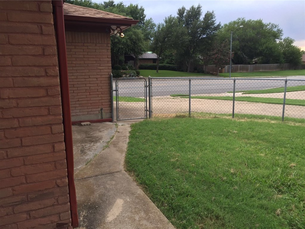 Leased | 6172 Whitman Avenue Fort Worth, Texas 76133 22