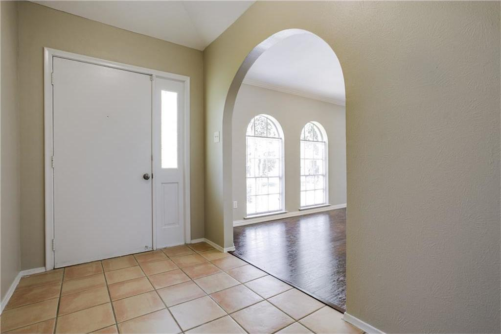Sold Property | 2104 Friar Tuck Drive Arlington, Texas 76013 3