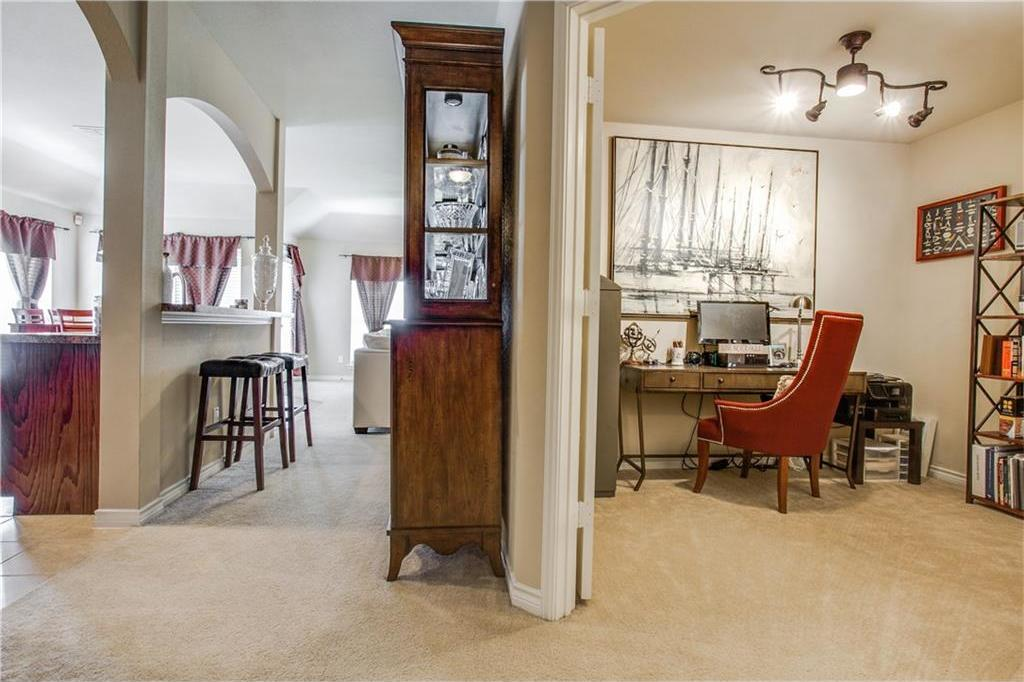 Sold Property | 7028 Seton Hall Drive Fort Worth, Texas 76120 14