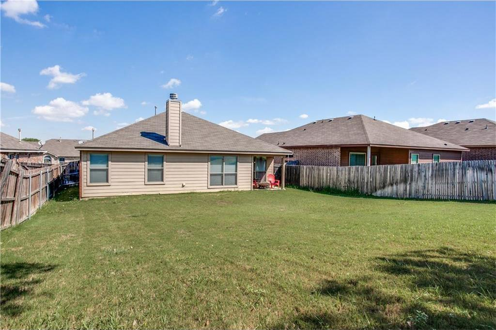 Sold Property | 7028 Seton Hall Drive Fort Worth, Texas 76120 23