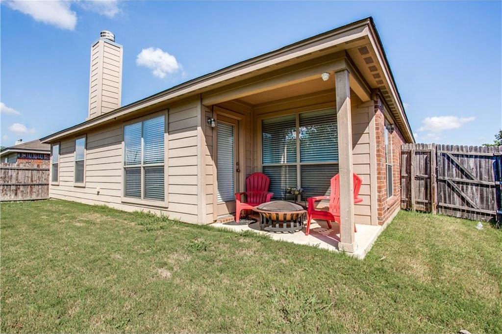 Sold Property | 7028 Seton Hall Drive Fort Worth, Texas 76120 24