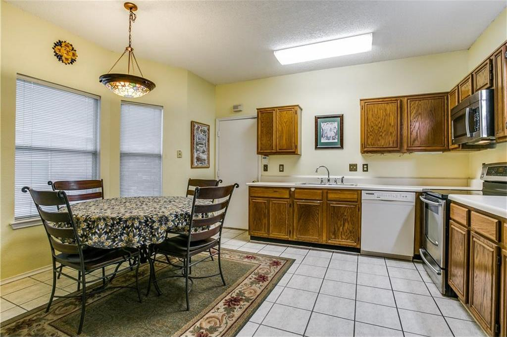 Sold Property | 7936 Roundtable Road Frisco, Texas 75035 7