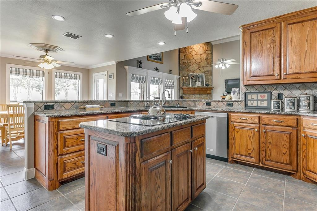 Sold Property   216 Scenic View Drive Aledo, Texas 76008 10