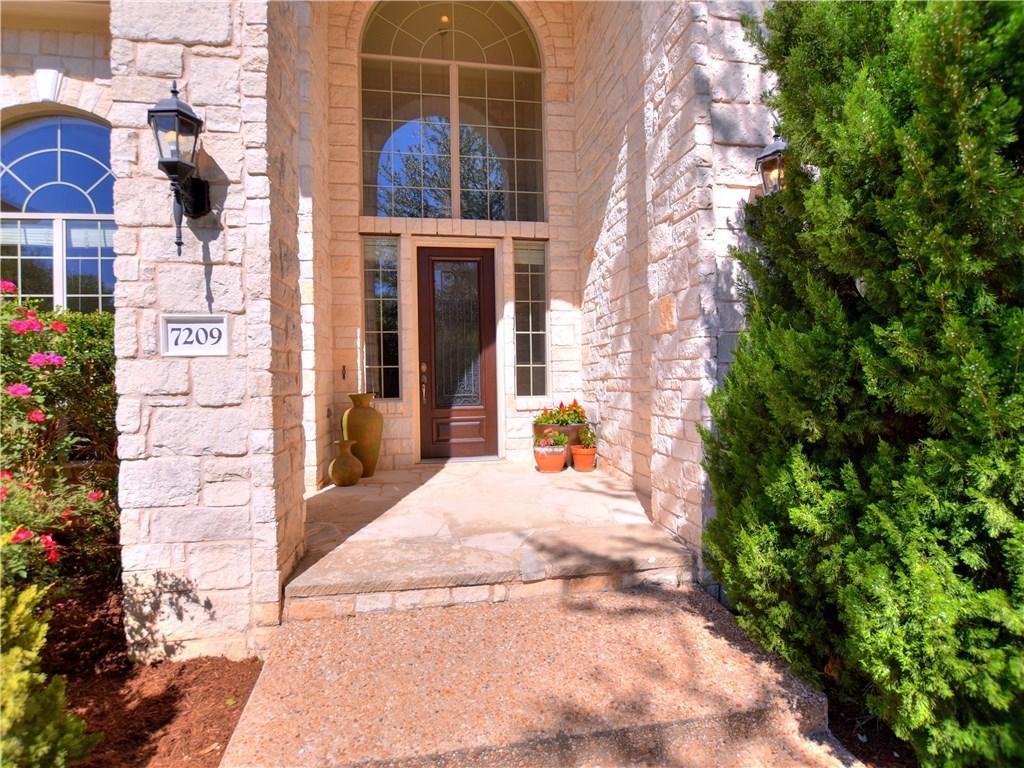 Sold Property | 7209 Doswell Lane Austin, TX 78739 3