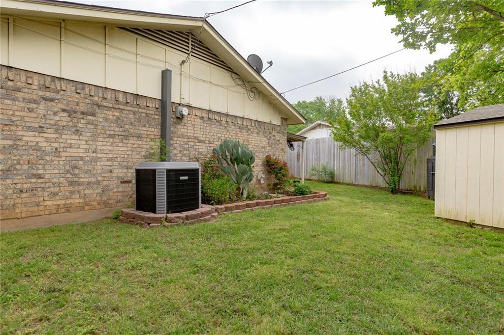 Sold Property | 2201 Cecilia Court Irving, Texas 75060 36