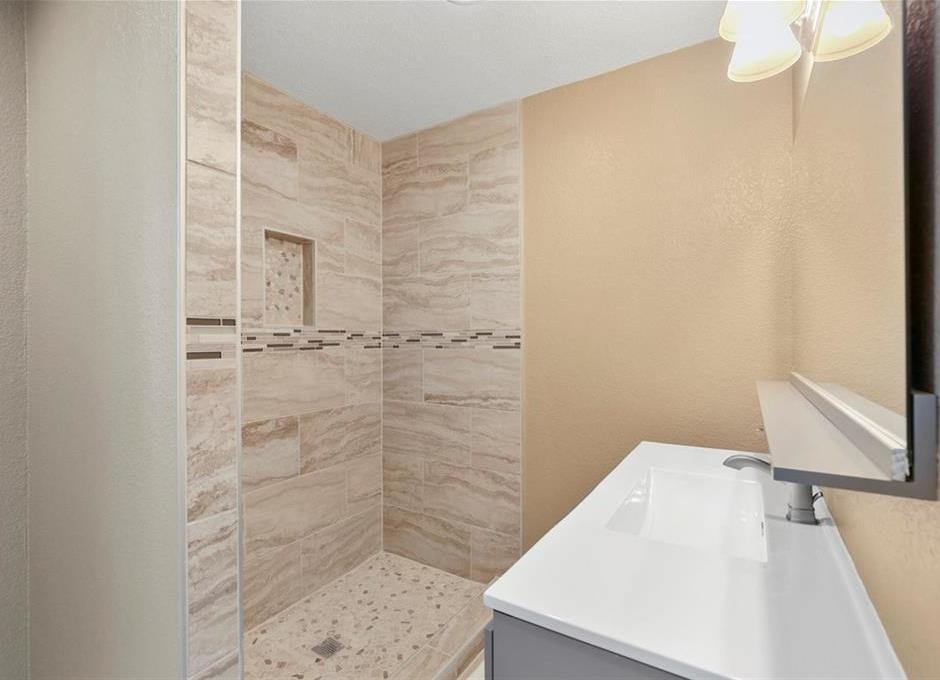 Sold Property   1105 Howell Street McKinney, Texas 75069 23