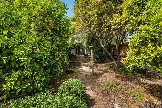 Closed   712 Avenue B  Redondo Beach, CA 90277 6