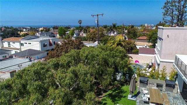 Closed   712 Avenue B  Redondo Beach, CA 90277 30