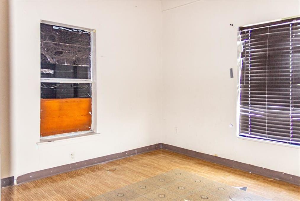 Sold Property   1528 N Montclair  Dallas, TX 75208 11