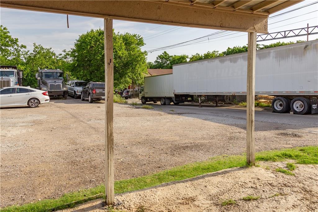 Sold Property   1528 N Montclair  Dallas, TX 75208 3