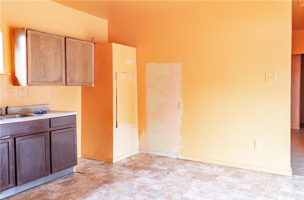 Sold Property   1528 N Montclair  Dallas, TX 75208 6