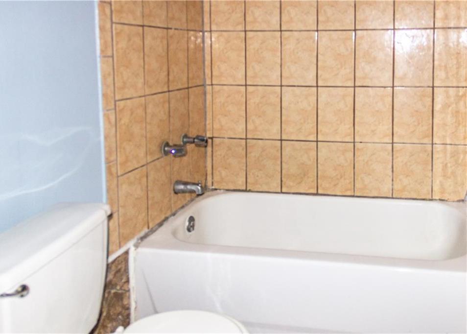 Sold Property   1528 N Montclair  Dallas, TX 75208 9