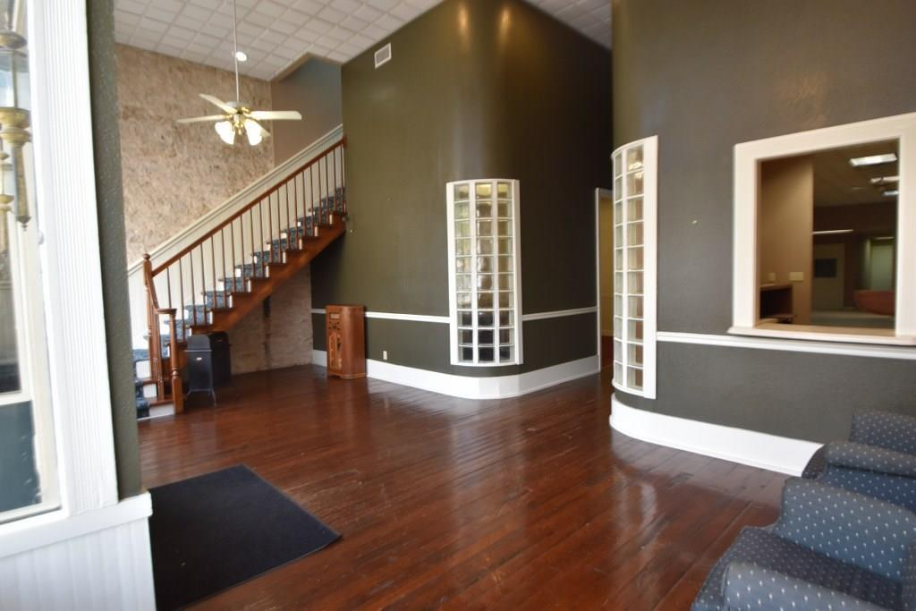 Sold Property   148 W College Street Stephenville, Texas 76401 2