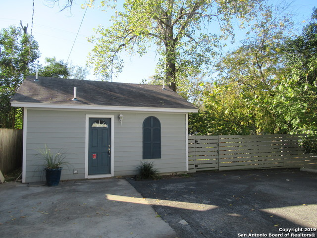 Active Option | 334 NATALEN AVE San Antonio, TX 78209 17