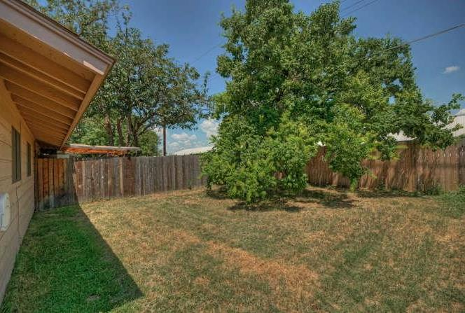 Leased   2800 Thrushwood Drive #B Austin, TX 78757 16