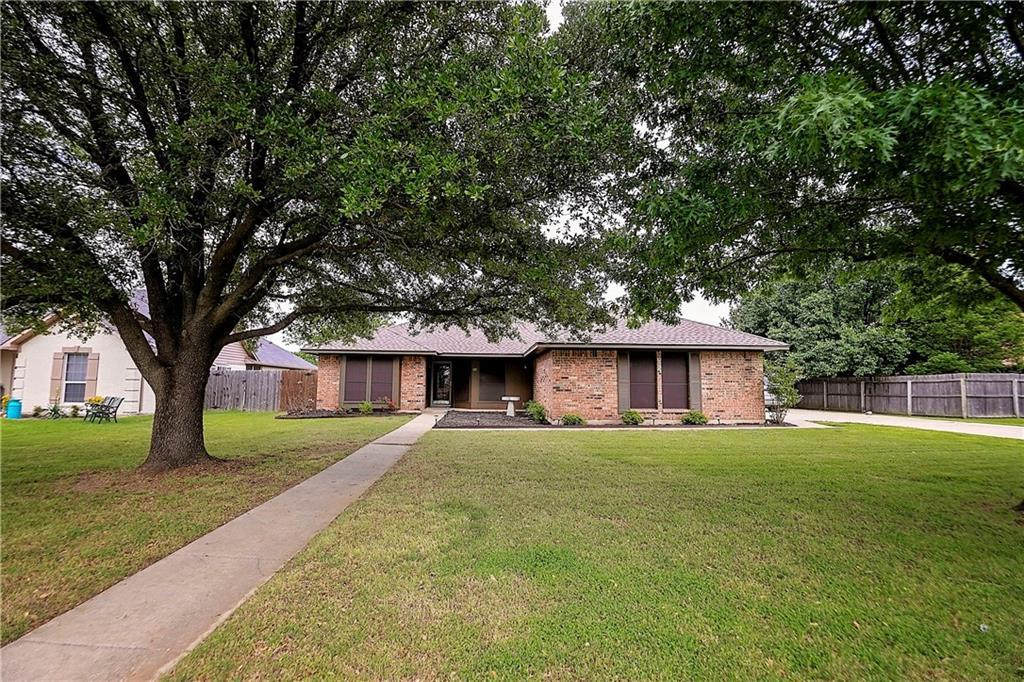 Sold Property | 1211 N Saint James Circle Pilot Point, Texas 76258 1