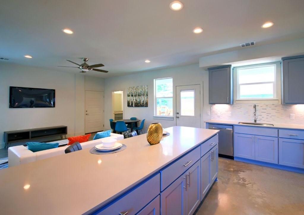 Sold Property | 7301 Providence ave #A Austin, TX 78752 13