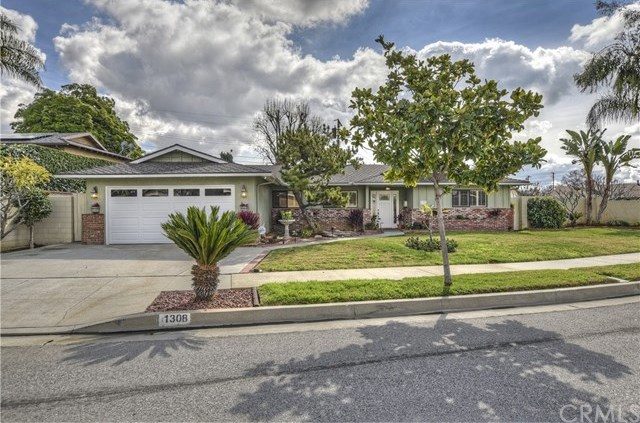 Closed | 1308 S Concord Lane Glendora, CA 91740 1