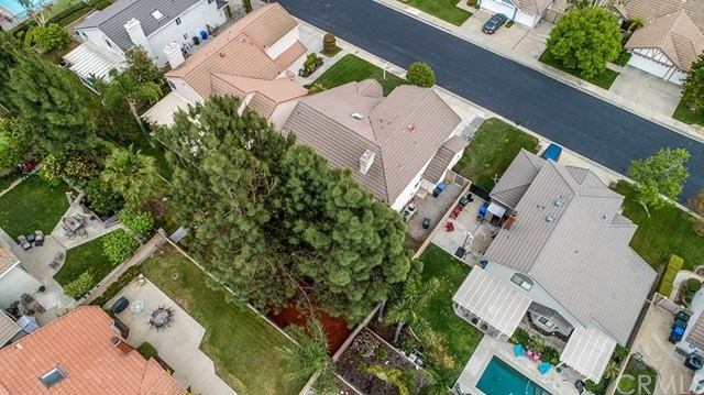 Closed   1427 Lookout Court Upland, CA 91784 40