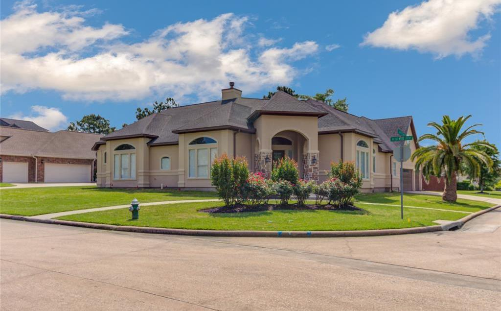 Active | 358 Wedgewood Drive Montgomery, TX 77356 2