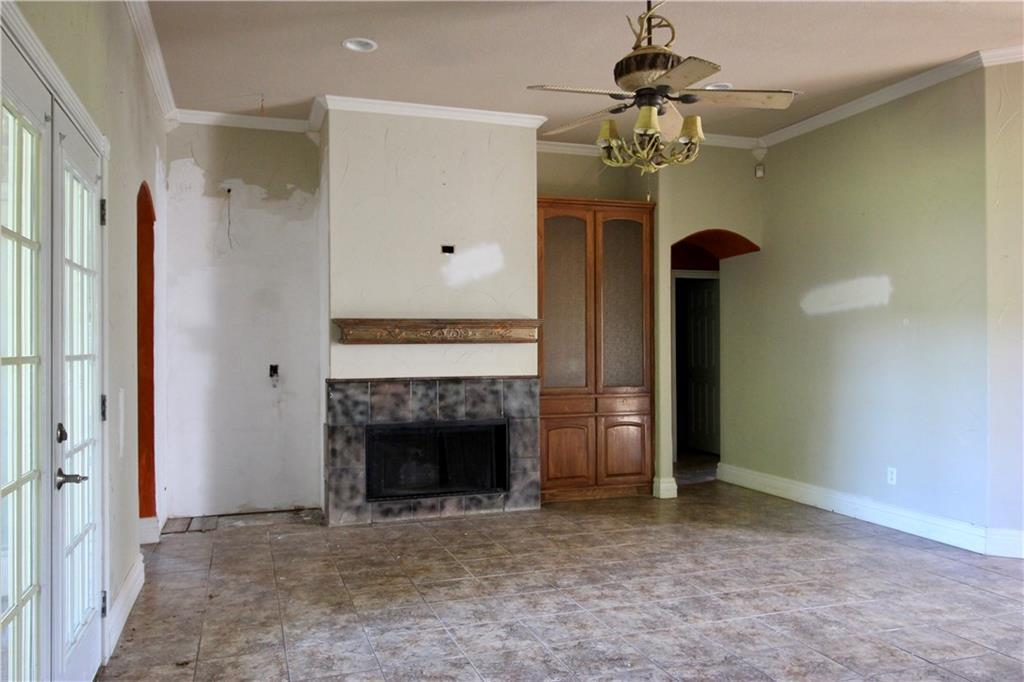 Sold Property | 212 Woodbine Drive Burleson, Texas 76028 2