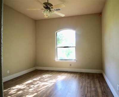 Sold Property   212 Woodbine Drive Burleson, Texas 76028 11