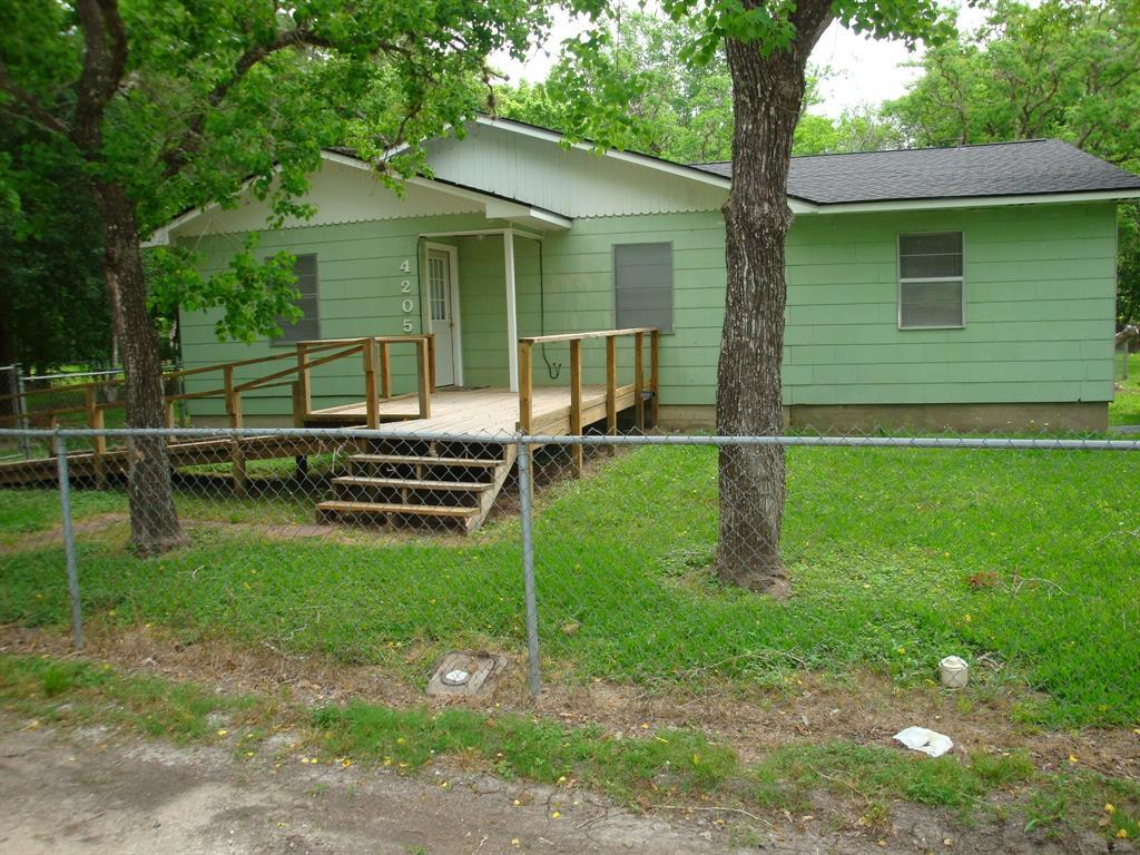 Off Market | 4205 Walker Drive Bay City, Texas 77414 3