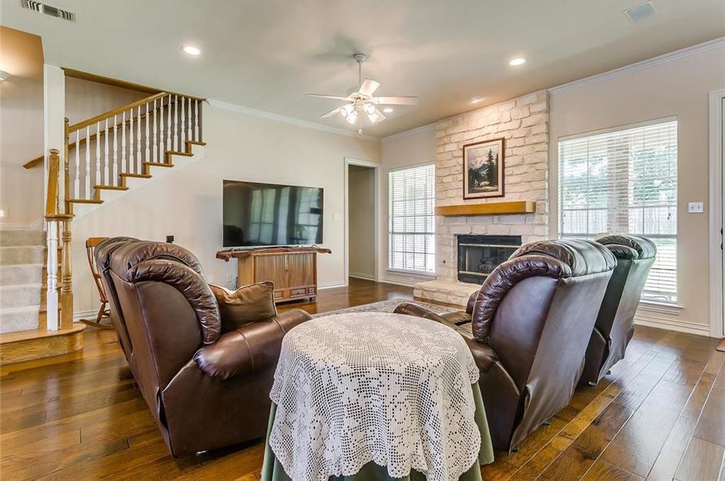 Sold Property | 904 Oak Crest Court Burleson, Texas 76028 13
