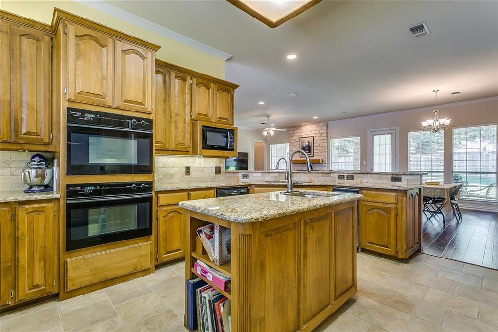 Sold Property | 904 Oak Crest Court Burleson, Texas 76028 17