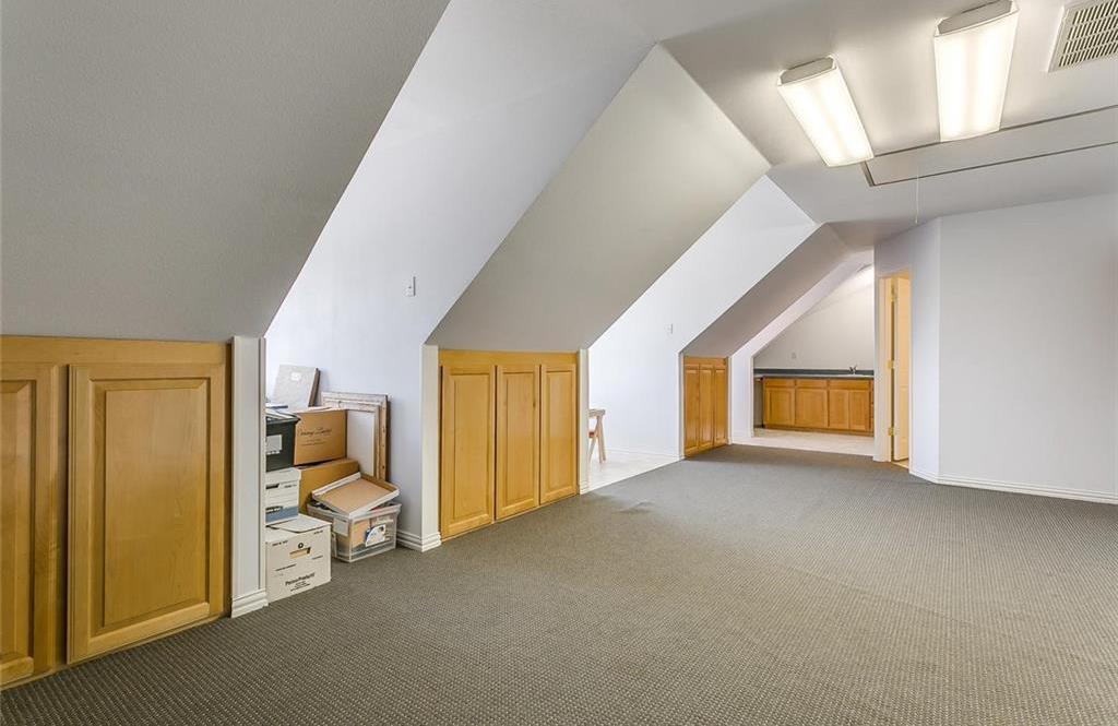Sold Property | 904 Oak Crest Court Burleson, Texas 76028 21