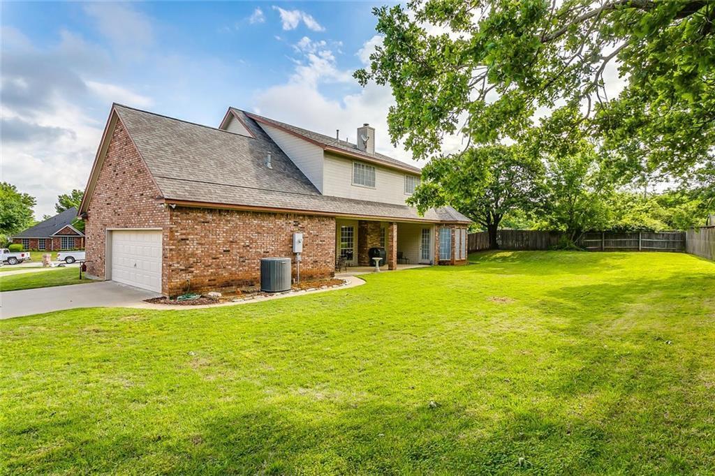 Sold Property | 904 Oak Crest Court Burleson, Texas 76028 4