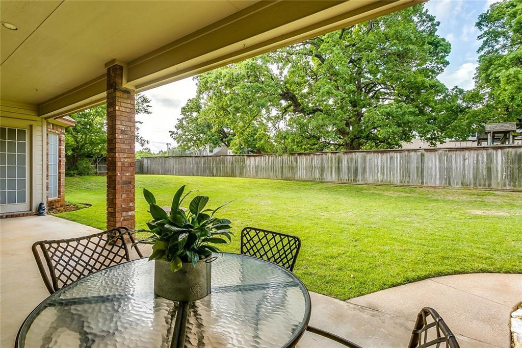 Sold Property | 904 Oak Crest Court Burleson, Texas 76028 5