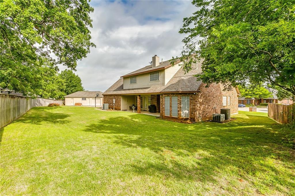 Sold Property | 904 Oak Crest Court Burleson, Texas 76028 6