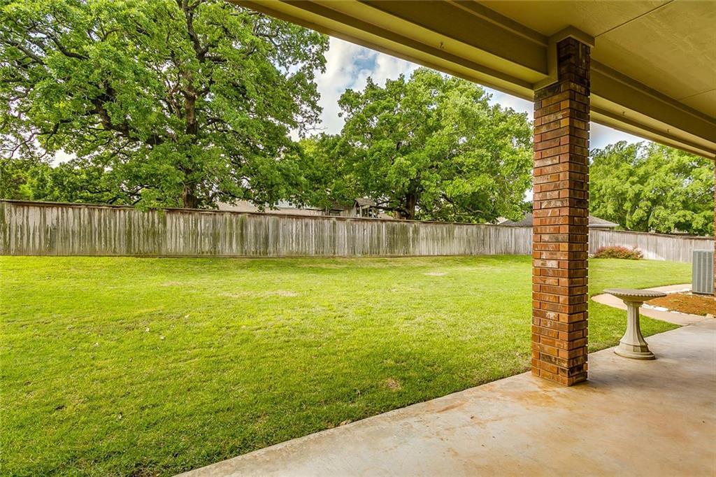 Sold Property | 904 Oak Crest Court Burleson, Texas 76028 7