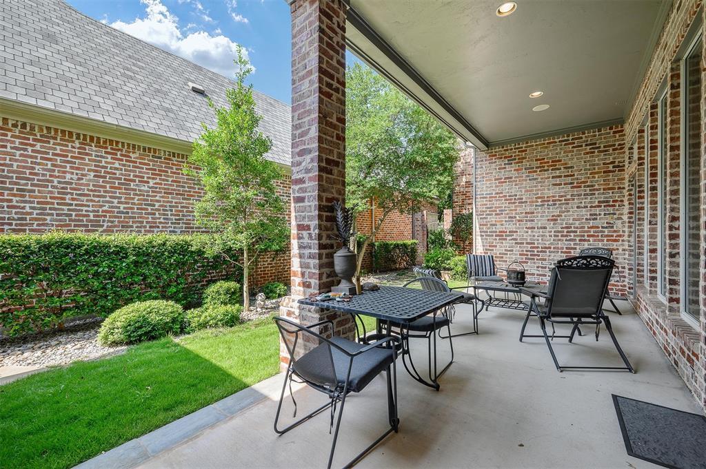 Active | 48 Abbey Woods  Lane Dallas, TX 75248 32