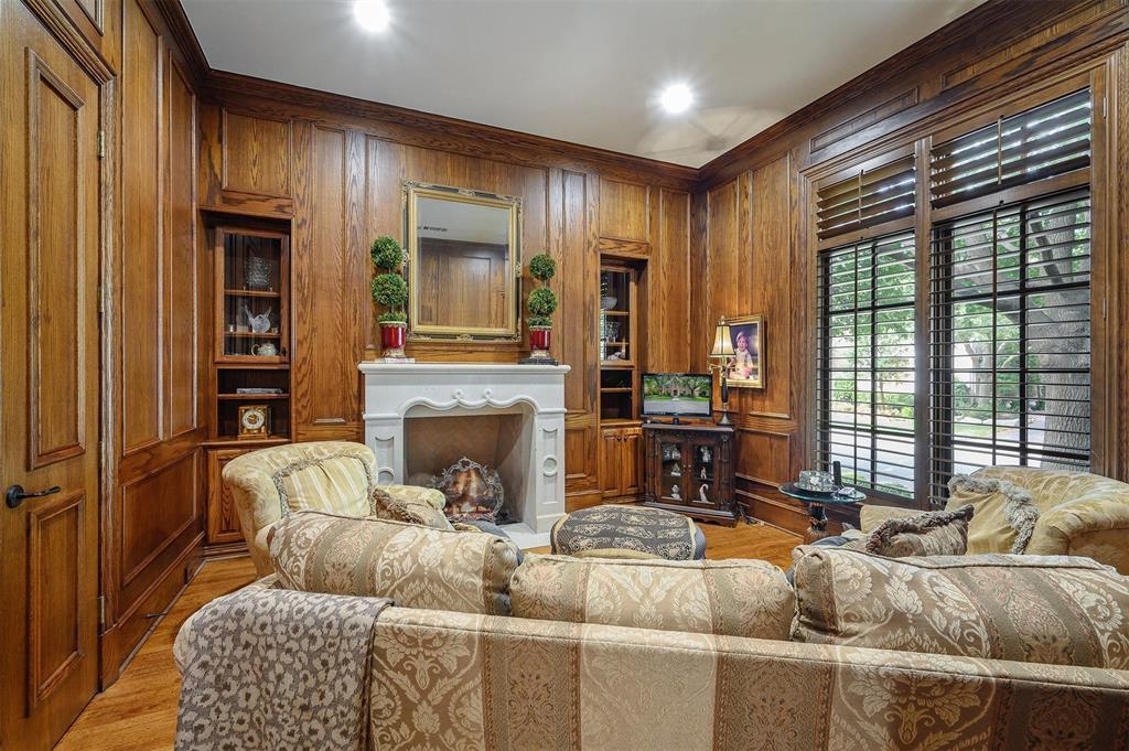Active | 48 Abbey Woods  Lane Dallas, TX 75248 4