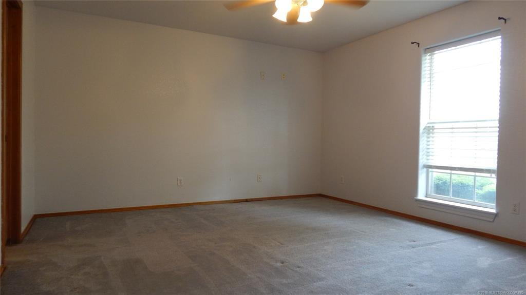 Off Market   1259 W Mitchell Road McAlester, Oklahoma 74501 11