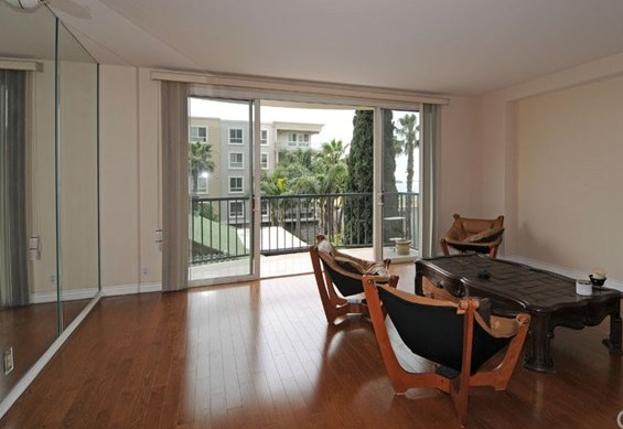 Active | 850 E Ocean Boulevard #302 Long Beach, CA 90802 2