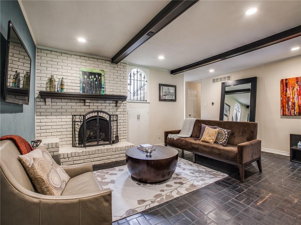 Sold Property | 9505 Meadowknoll Drive Dallas, Texas 75243 11