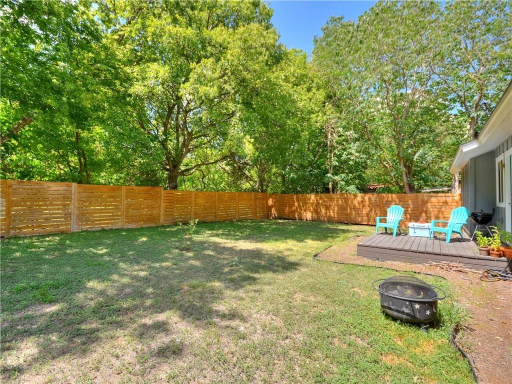 Leased   1634 Chippeway Lane Austin, TX 78745 16